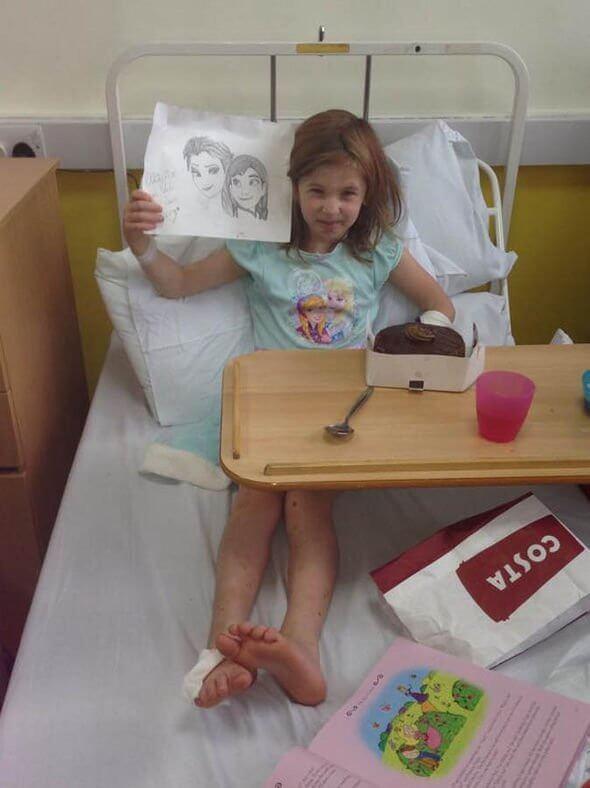 摄理新闻_无知觉女孩Olivia在病床上