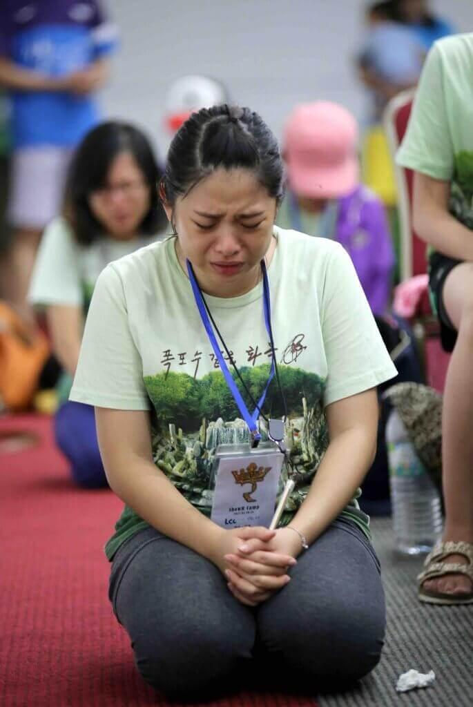 摄理教会_ShowR-女青camp_恳切祷告