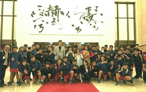 摄理庆典的号角_体育班孩子不同舞台震撼体验