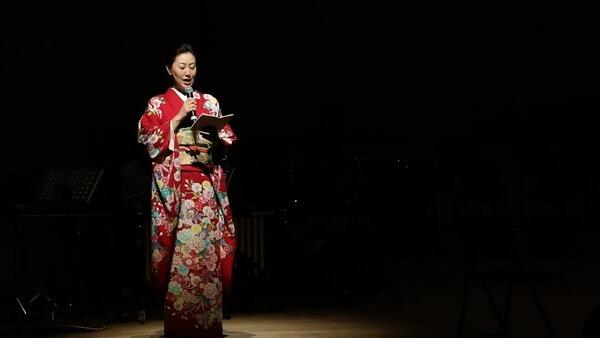日本东京三鹰市以音乐重演圣诞真谛_日式开幕