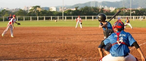 摄理2017台日韩棒球交流赛_挥棒