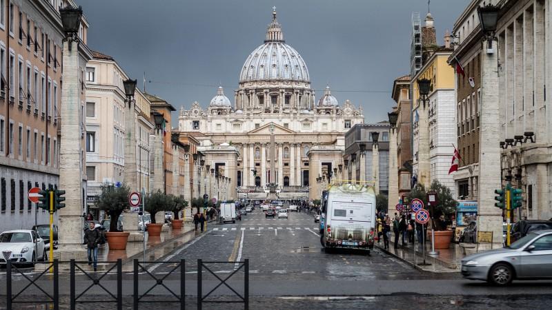 摄理新闻_彼得遇见耶稣_圣彼得教堂街景