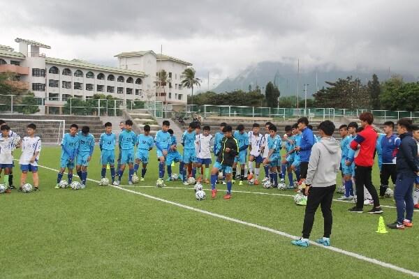 摄理_韩籍教练指导美崙国中足球