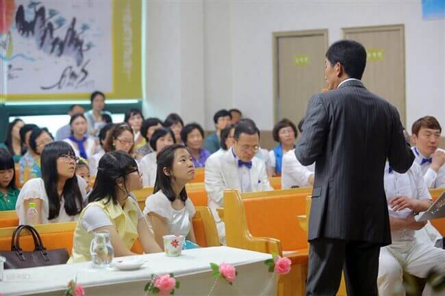 摄理新闻_郑龙锡牧师分享_人们聆听话语
