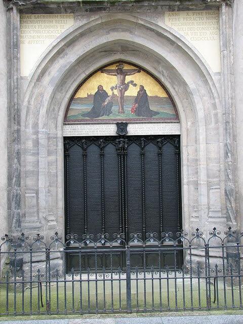 摄理新闻_马丁路德_张贴95论纲之教堂