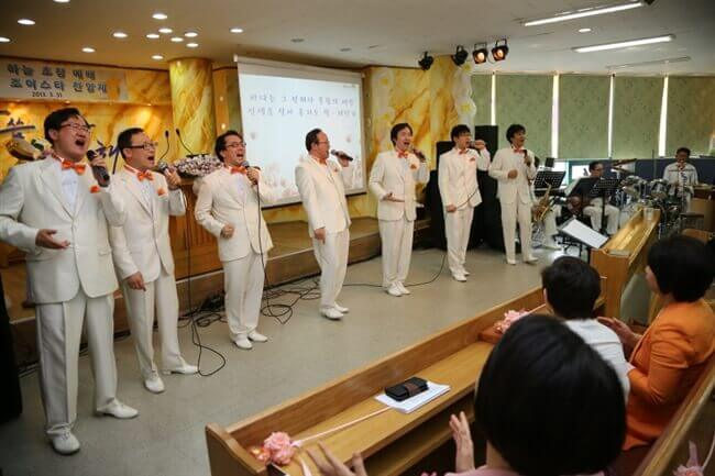 摄理礼拜特颂_JoyStar男子声乐团