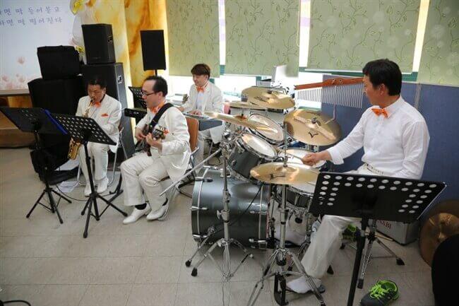 摄理礼拜_JoyStar男子声乐团演奏